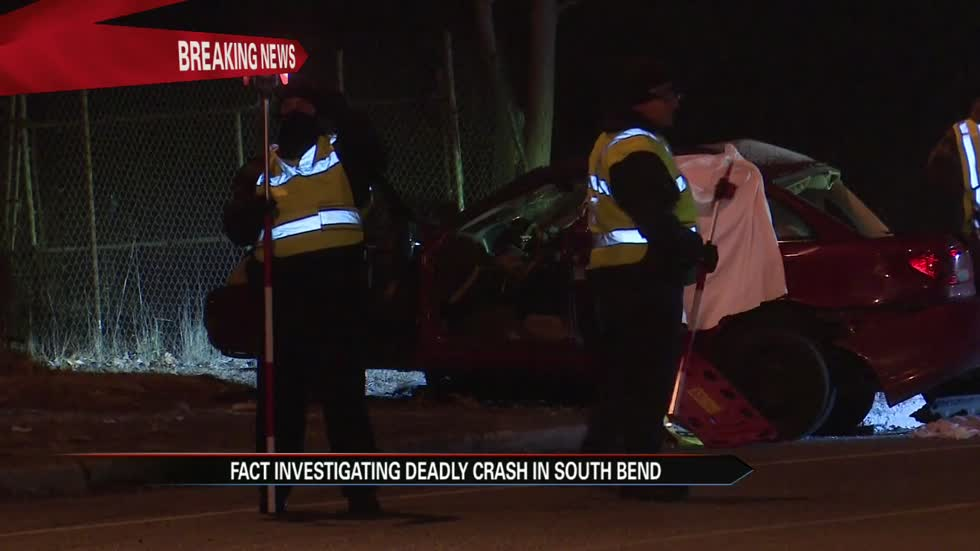 2 killed, 1 injured in deadly crash in South Bend