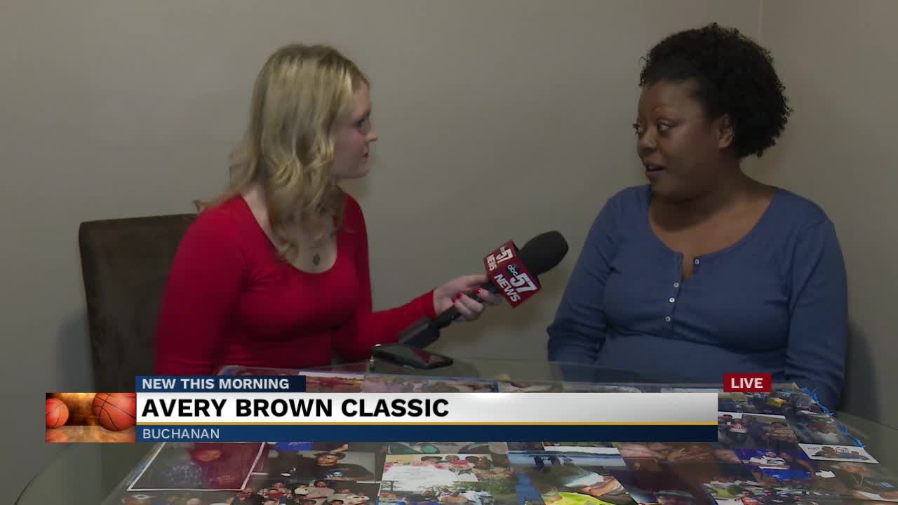 Avery Brown Classic 1