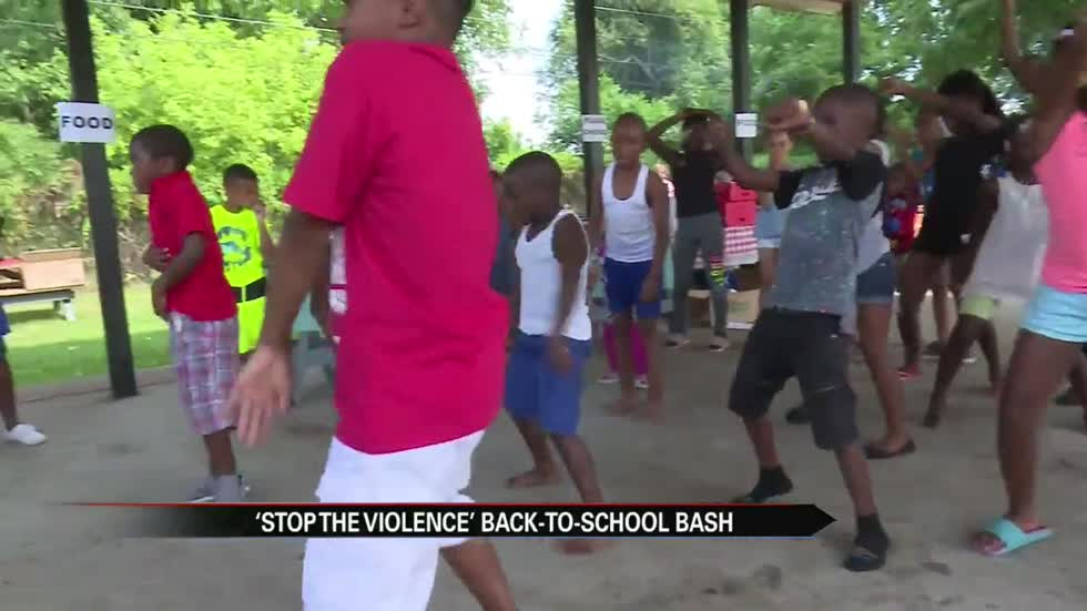 Back to school bash at Fremont Park focuses on stopping gun violence
