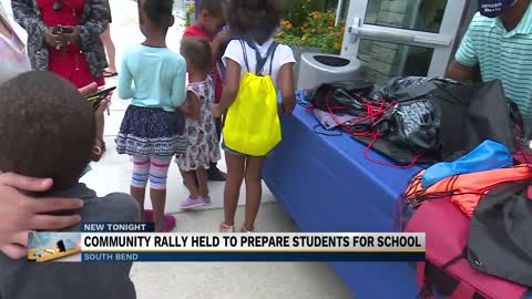 Back to School Community Rally draws hundreds