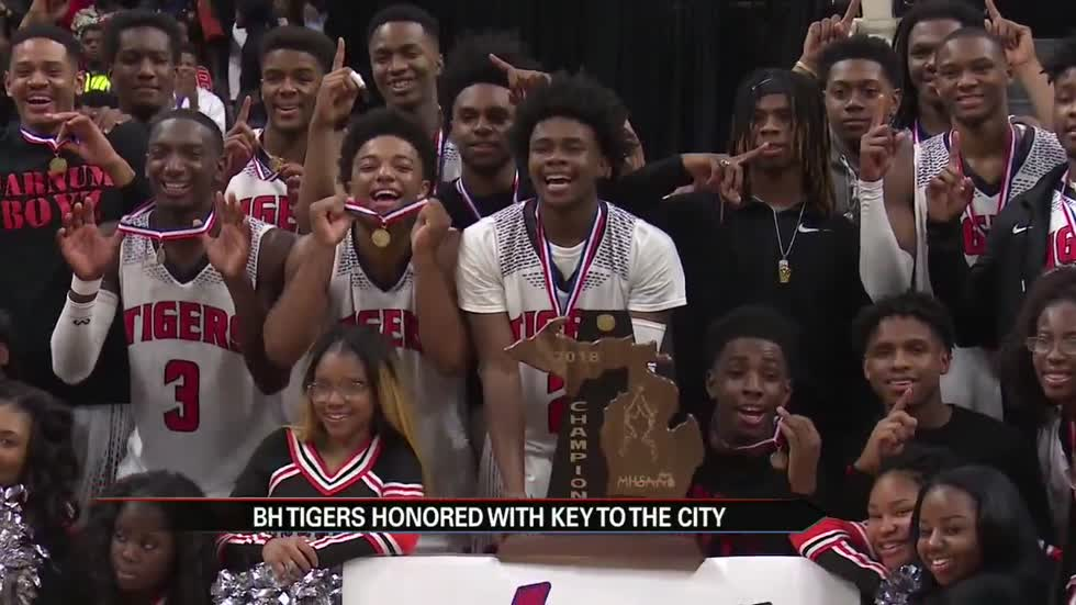 Benton Harbor Boys Basketball Team receives key to the city