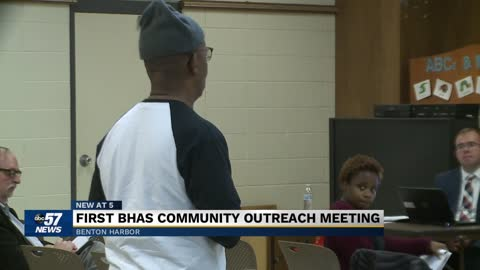 Benton Harbor residents attend community outreach meeting