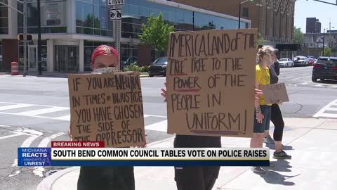 Black Lives Matter protesters calling to defund South Bend Police Department