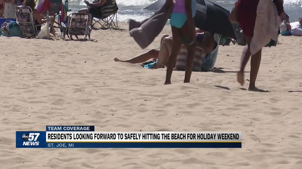 Businesses, beachgoers get ready for Labor Day weekend 2