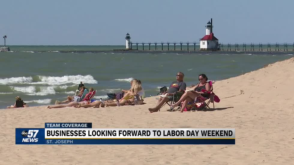 Businesses, beachgoers get ready for Labor Day weekend