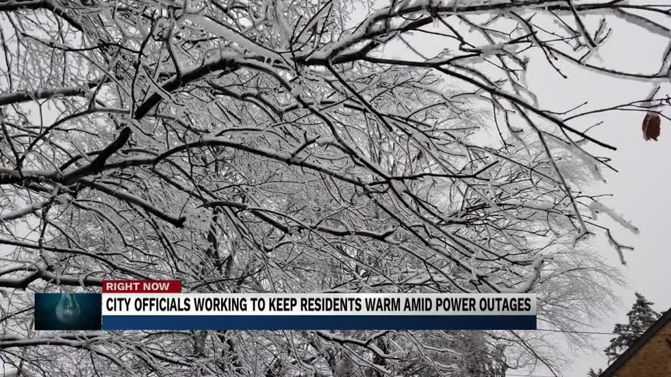 City Officials working to keep residents warm amid power outages