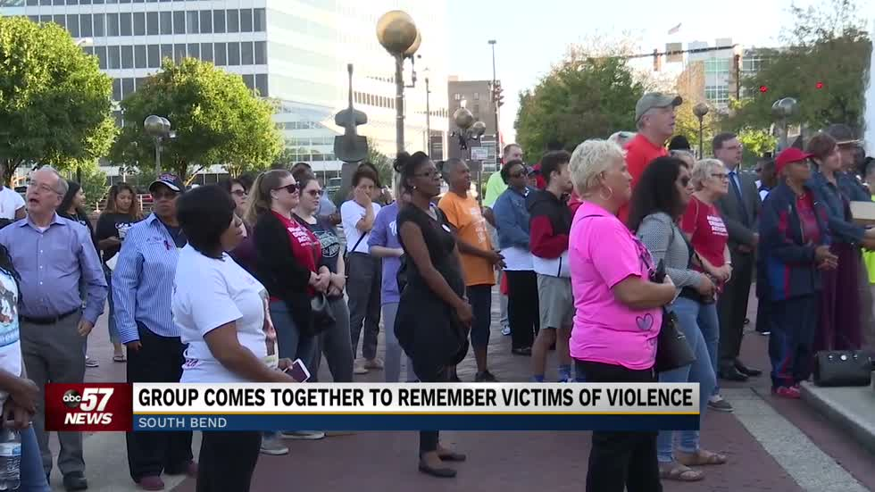 Community comes together to remember victims of gun violence