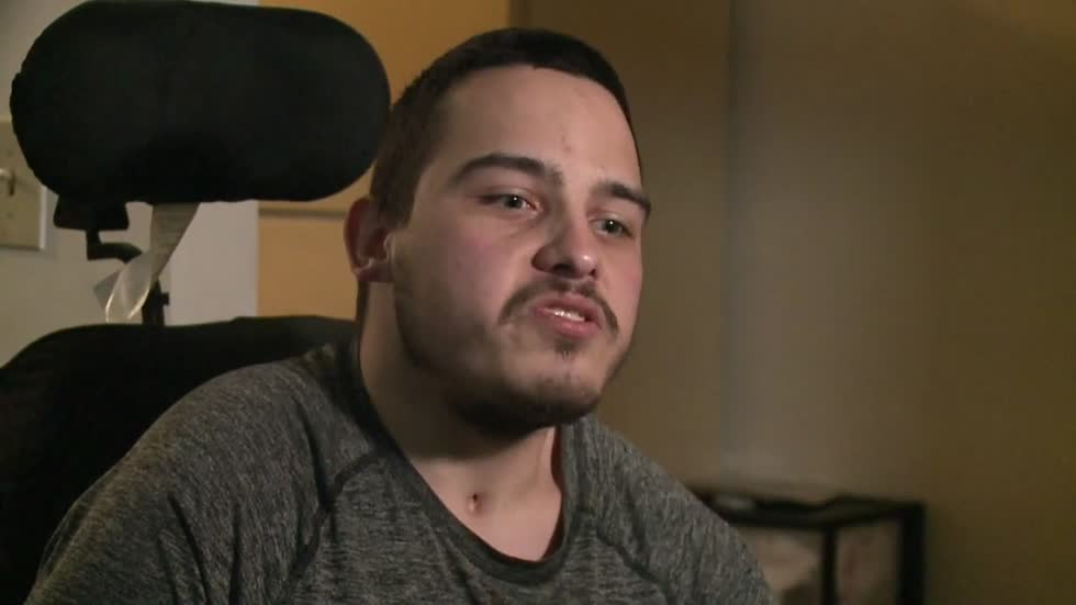 Dowagiac community buys groceries for disabled man claiming food benefits are being withheld
