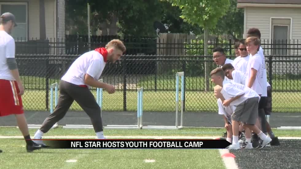 NFL player Gehrig Dieter returns home to South Bend for youth camp