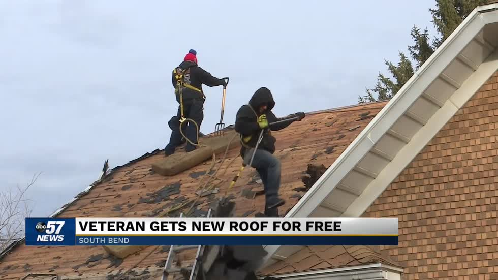 Group donates new roof to South Bend veteran