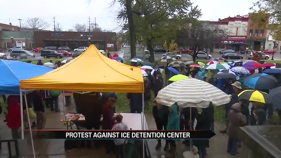 Hundreds protest possible Elkhart County ICE facility