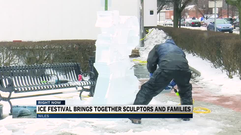 Ice festival brings together sculptors and families