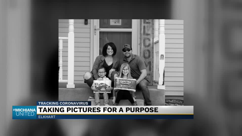 Elkhart photographer taking 'porch pictures' to raise funds for local COVID-19 relief efforts