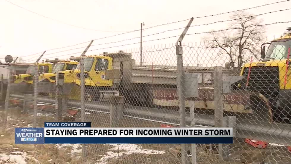 INDOT and Local Police prepare for looming Snow