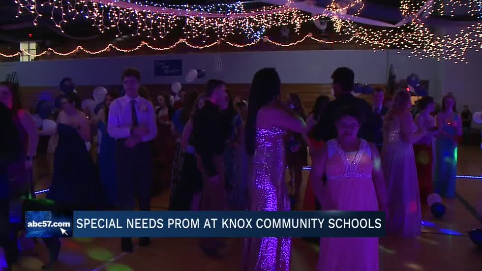 Knox High School hosts fifth annual Special Needs Prom