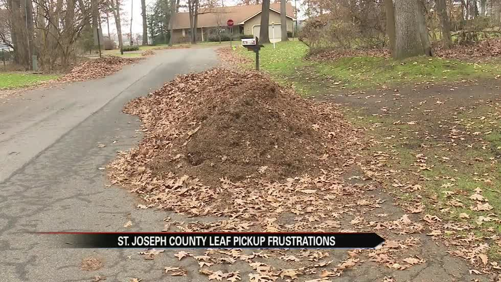 St. Joseph County residents frustrated over leaf pickup issues