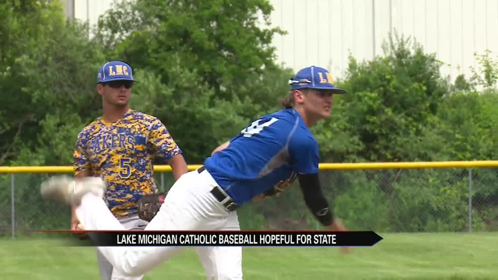 Lake Michigan Catholic proving size doesn't matter on the diamond