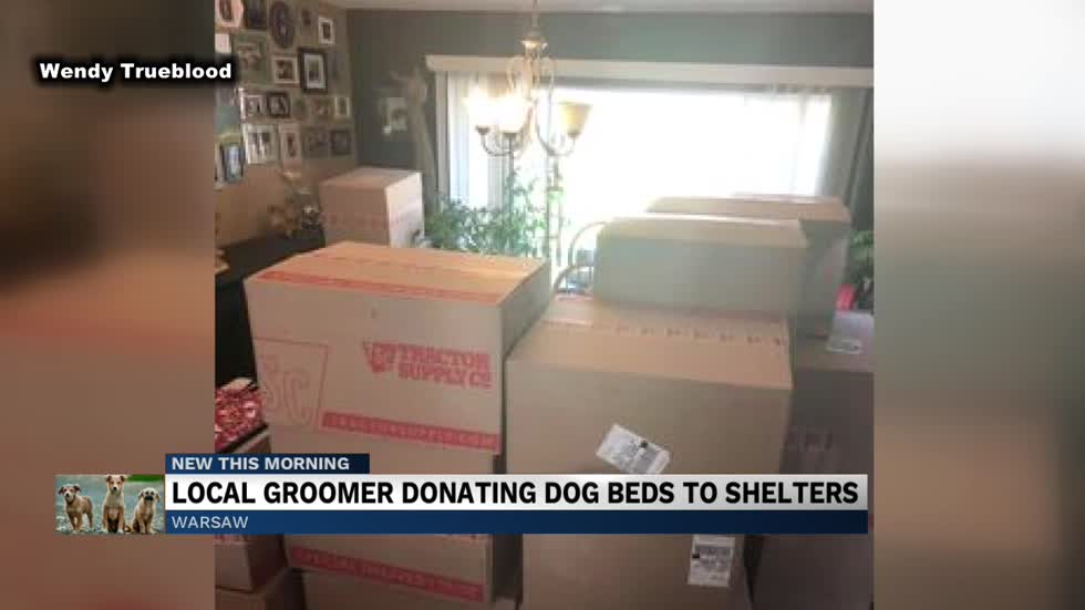 Local Warsaw dog groomer donating beds to animal shelters