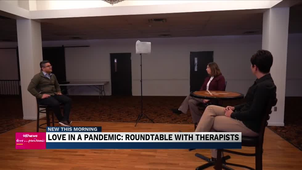 Love in a pandemic: Roundtable with Therapists