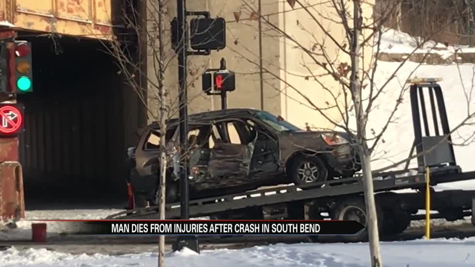 Man dies in crash at Western and Walnut