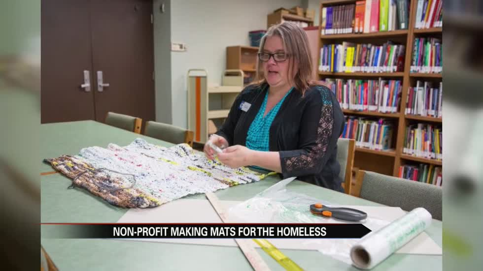 Elkhart Public Library hosts training to make mats for the homeless