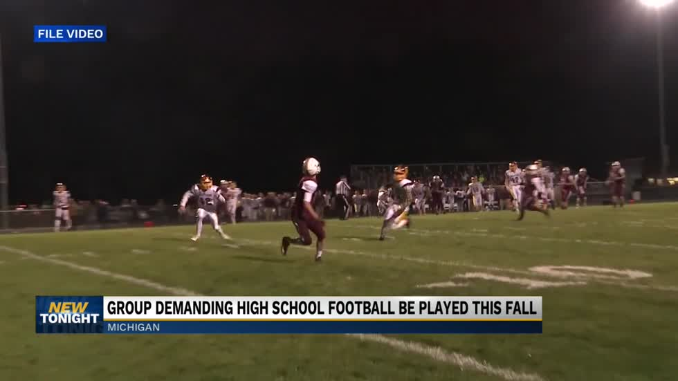 Michigan parents push for football to be played in the fall