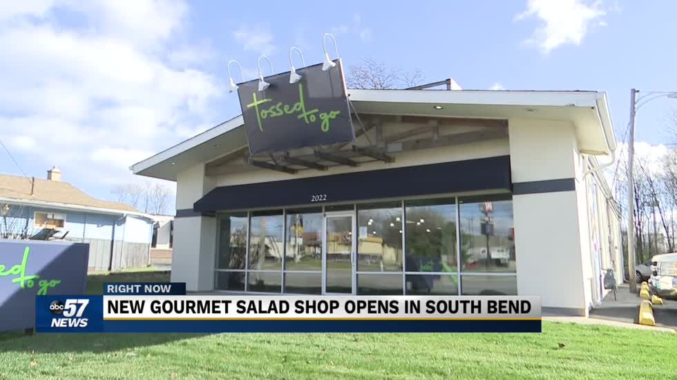 New salad shop opens in South Bend