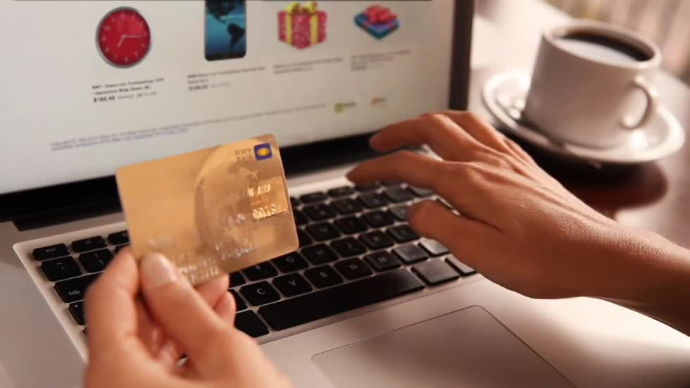 New warnings for online shopping and donations