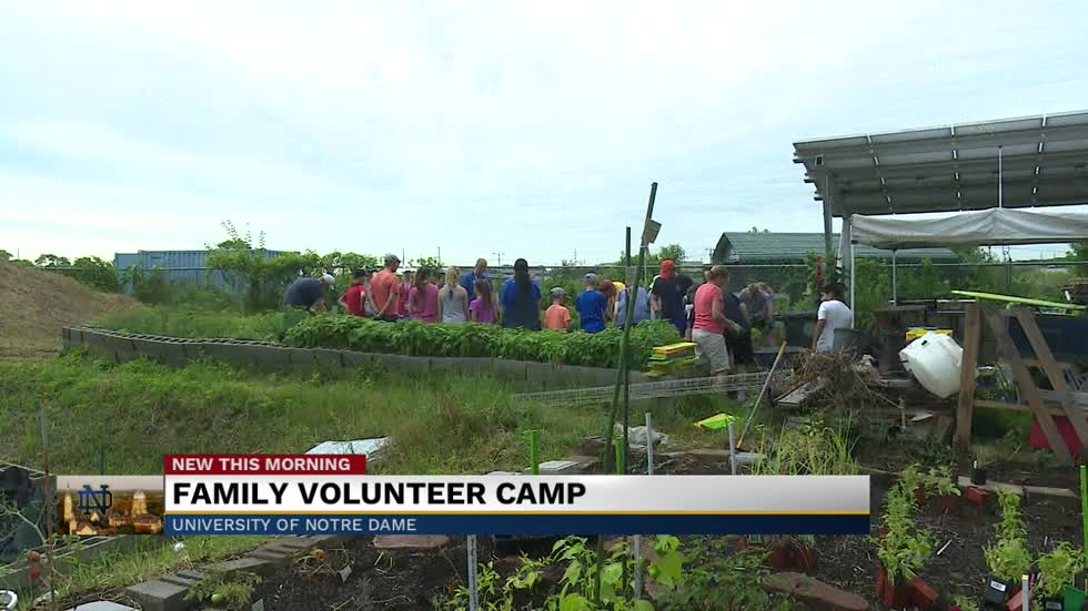 Notre Dame's Alumni Association hosts 20th Annual Family Volunteer Camp