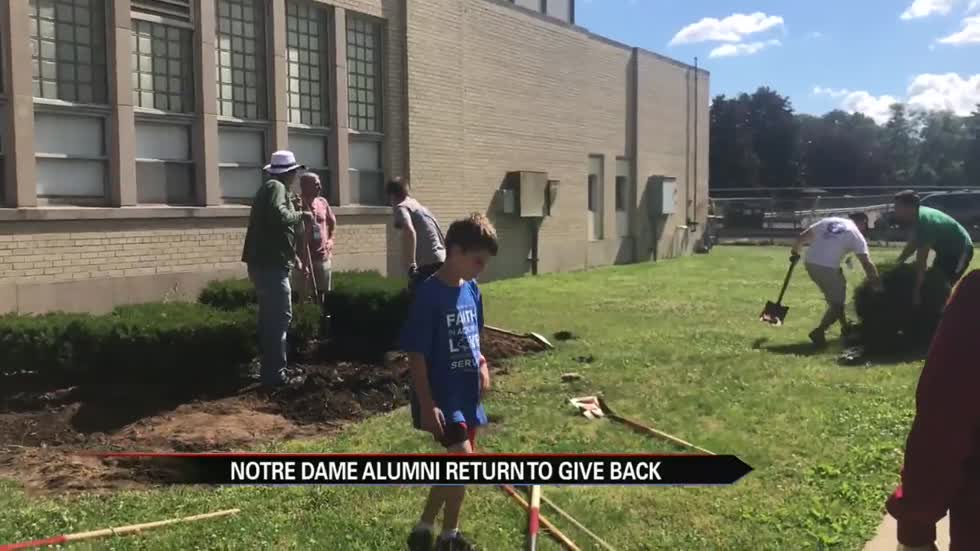 Notre Dame alumni camp gives back to community