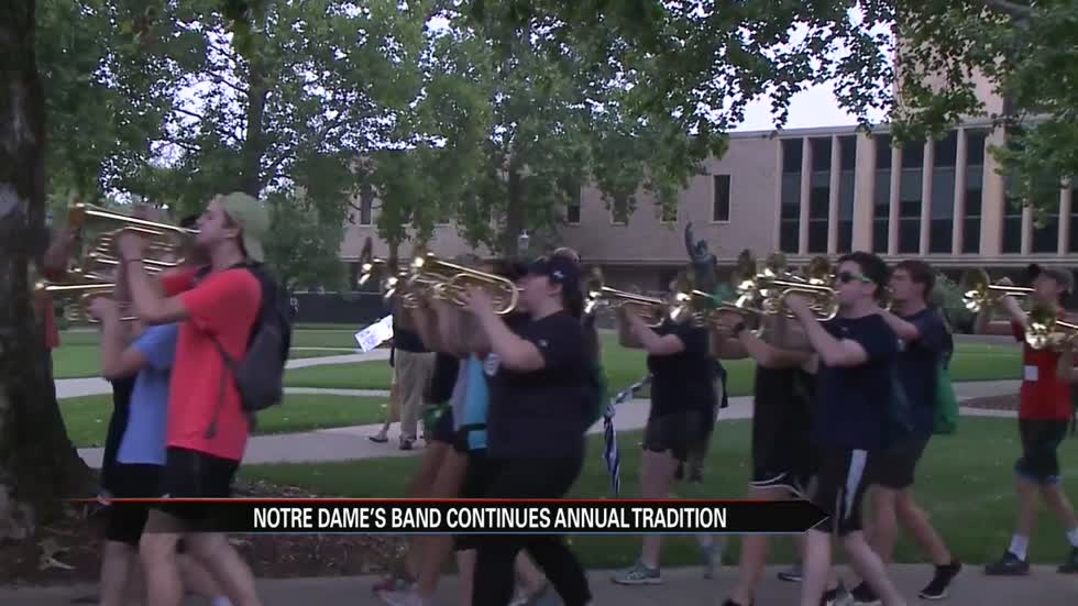Notre Dame Marching Band follows tradition by playing across campus