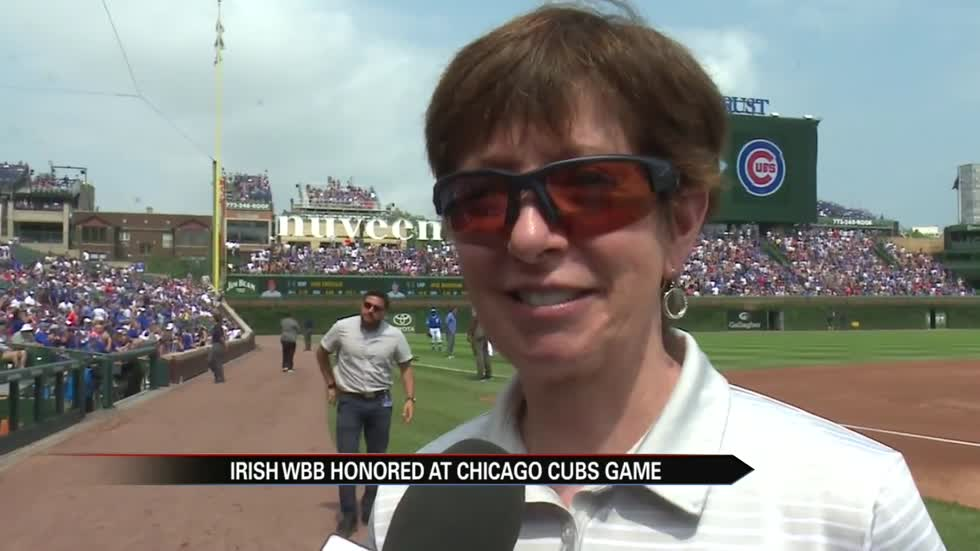 Notre Dame women's hoops honored at Wrigley Field