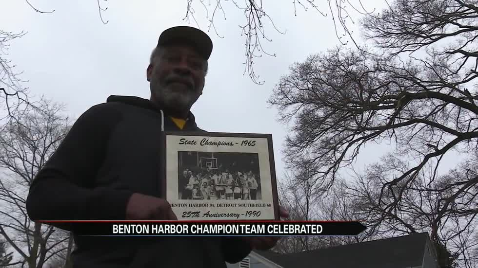 Past Benton Harbor state champ celebrates new champions
