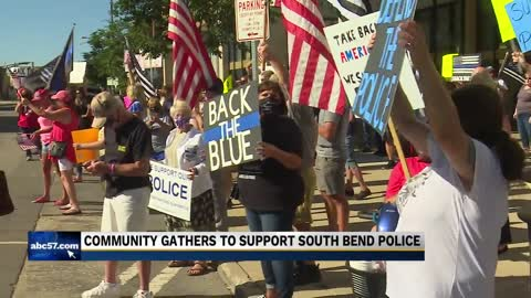 Pro-Police Rally draws hundreds in South Bend