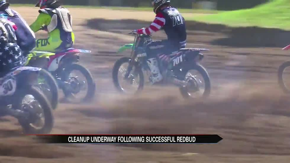 Redbud motocross race attracts massive crowd, crews begin cleanup