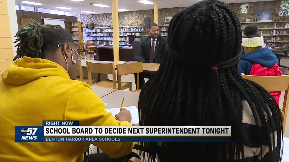 School board to decide next superintendent tonight