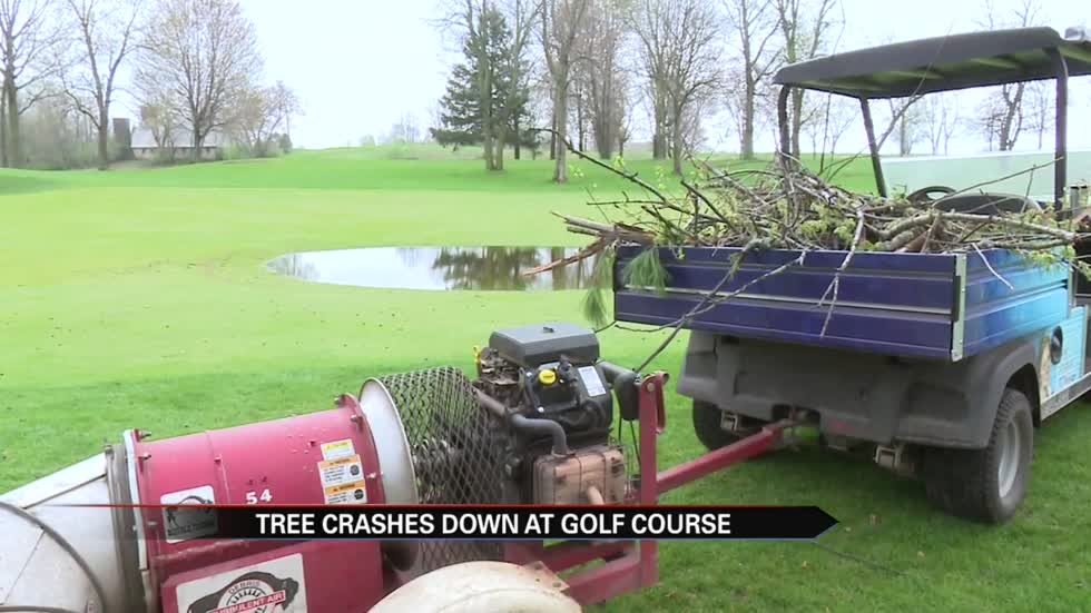 Small crew tasked with keeping Blackthorn Golf Club ready for play