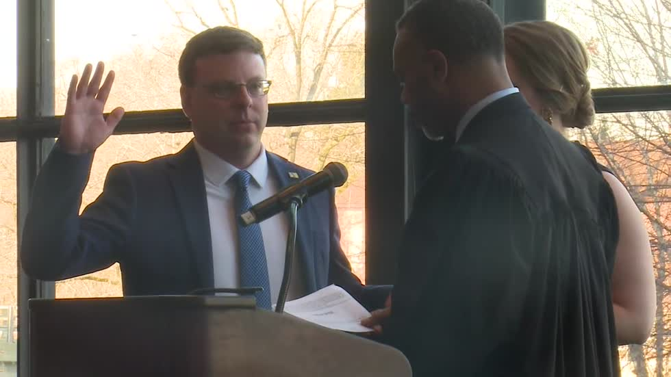 South Bend holds swearing in ceremony for mayor, clerk, council