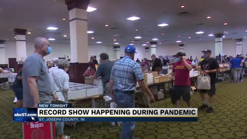 South Bend Record Show draws hundreds after six month hiatus