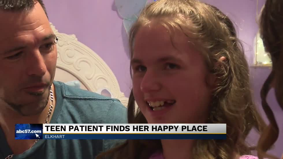 Teen patient gets a room makeover from non-profit organization