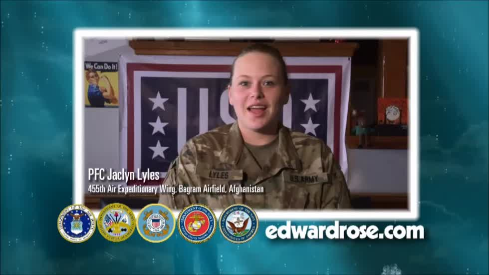 Military Greetings 2016: PFC Jaclyn Lyles and Captain Katie Carr