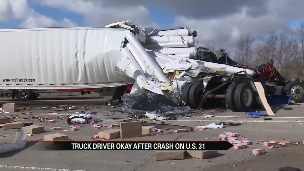 U.S. 31 reopens following accident involving 2 semis