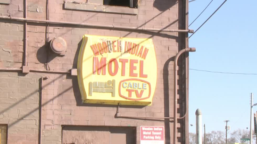 Indiana University South Bend buys Wooden Indian Motel