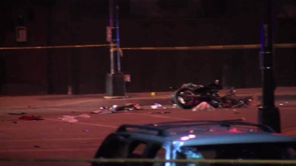 18-year-old motorcyclist dies after crash with SUV in West Allis