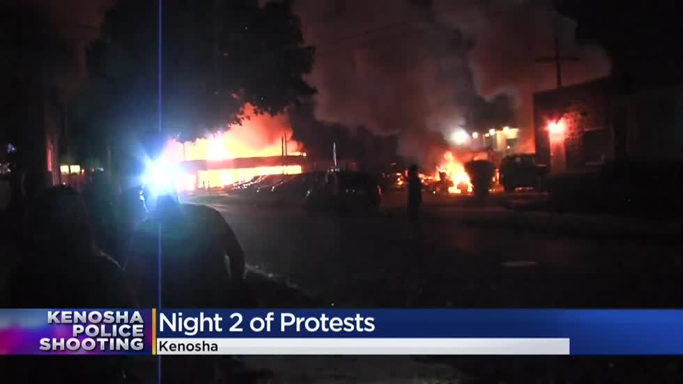 Fires, chaos erupts in Kenosha for a 2nd night following Jacob Blake shooting