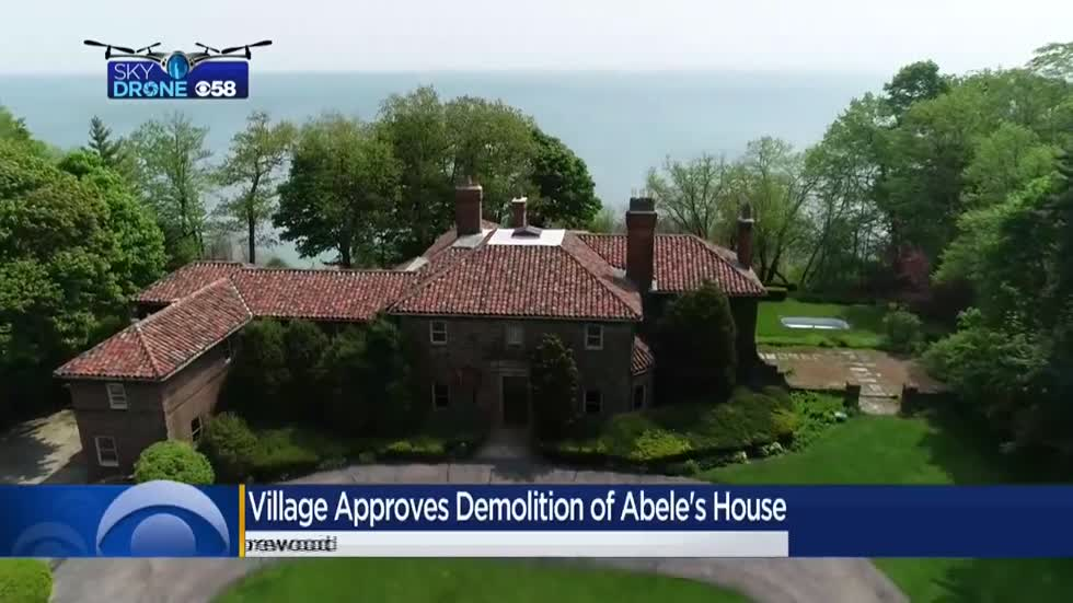 Shorewood city leaders approve plans for Abele's lakefront mansion demolition