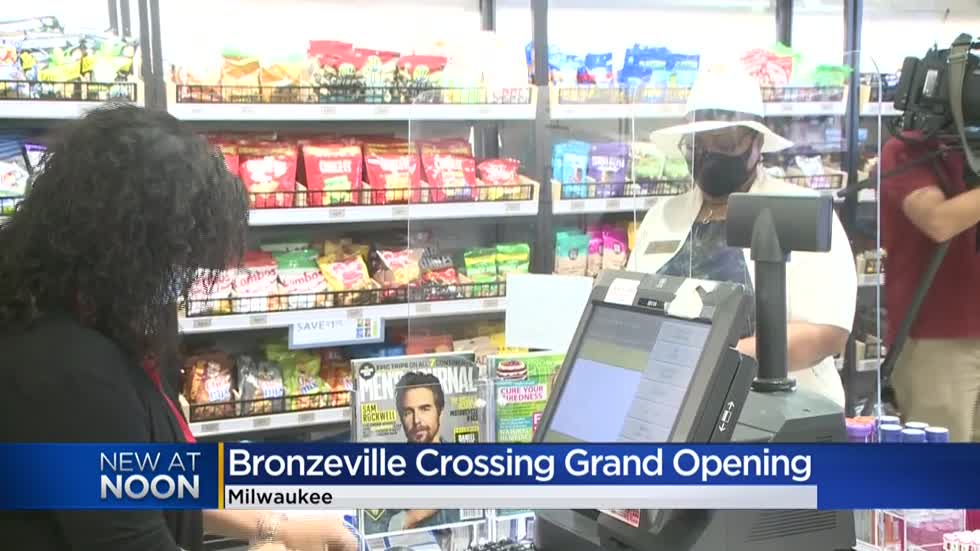 New shop highlighting city's Bronzeville neighborhood opens at Milwaukee Mitchell Airport