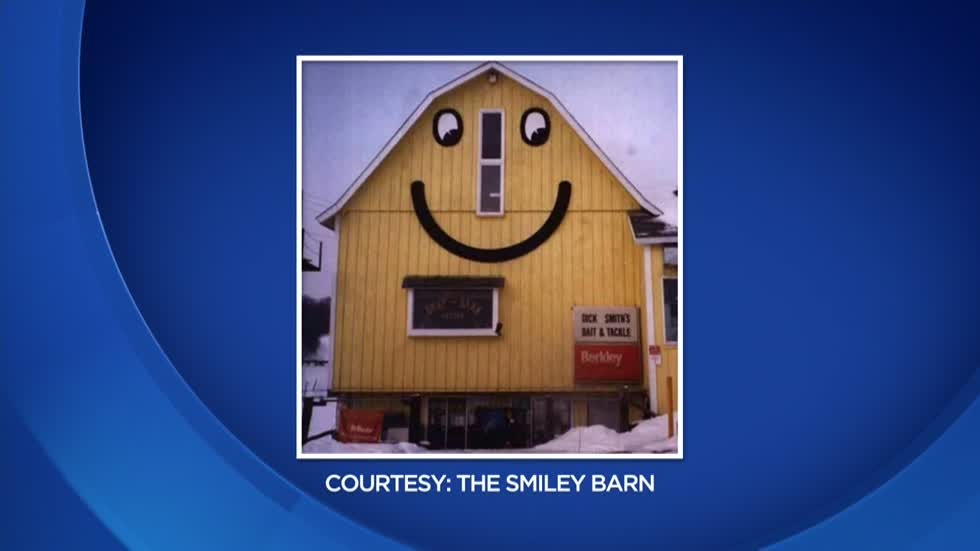 Reopening postponed, Smiley Barn siding can't support new signs