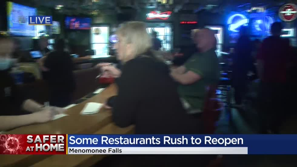 'They can stay home if they feel unsafe:' Bars on their own to enforce safety guidelines in parts of Wisconsin