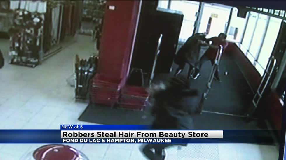Robbers steal hair from beauty store near Hampton and Fond du Lac